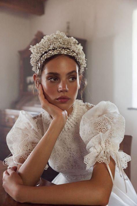 Bridal Looks, Bridal Style, Bridal Headpieces, Bridal Hair, Bridal Collection, Dress Collection, Bridal Dresses, Wedding Gowns, Old Wedding Dresses
