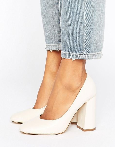 Lost Ink Freda Flared Block Heeled Shoes - Cream