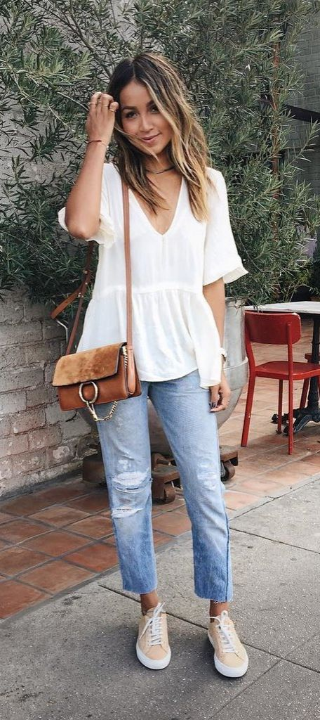 A Flowy Top, Boyfriend Jeans, and Sneakers