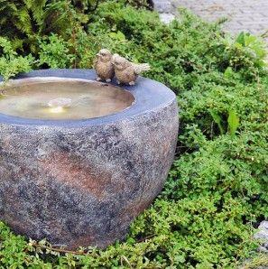 Wasserspiel Twist 48 Polystone Brunnen Basalt Optik Inkl Pumpe Und Led 347 Wasserspiele Brunnen Gartenbrunnen