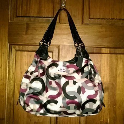 Coach Signature Madison Maggie Chainlink Op 14420 Art Handbag Style D1069 Multicolor The Exterior Sa