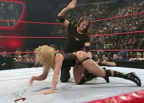 7d5d3d2ac19 and this wasn t even a bra and panties match. McMahon s are so full of shit.