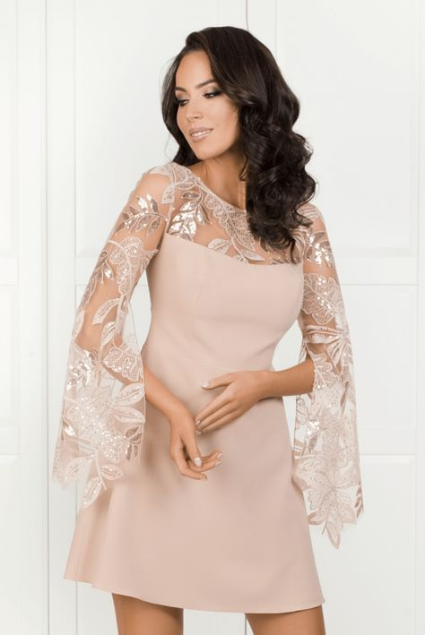 c8af7ba083e Madlen-koronkowa-sukienka-pudrowy-roz-midi-zakrywajaca-ramiona
