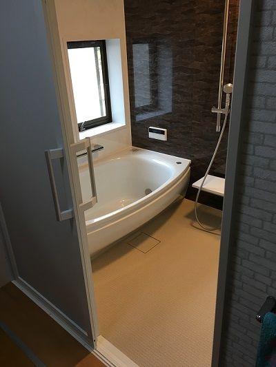 守山市w様邸のお風呂リフォームです Totoシステムバス サザナ 1620サイズです お風呂 リフォーム ユニットバス リフォーム お風呂 リフォーム