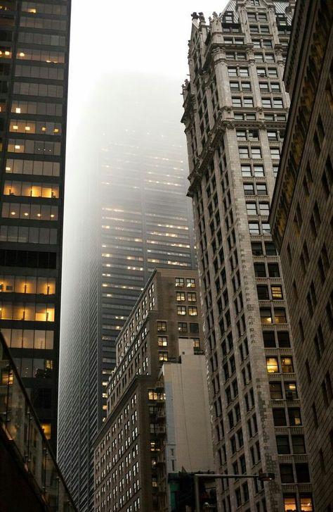 "belle en rose 🌹 on Twitter: ""Rain, new york city and us.… "" Photographie New York, Urbane Fotografie, City Vibe, Nyc Life, New York Life, Ellis Island, City Aesthetic, Urban Aesthetic, Dream City"