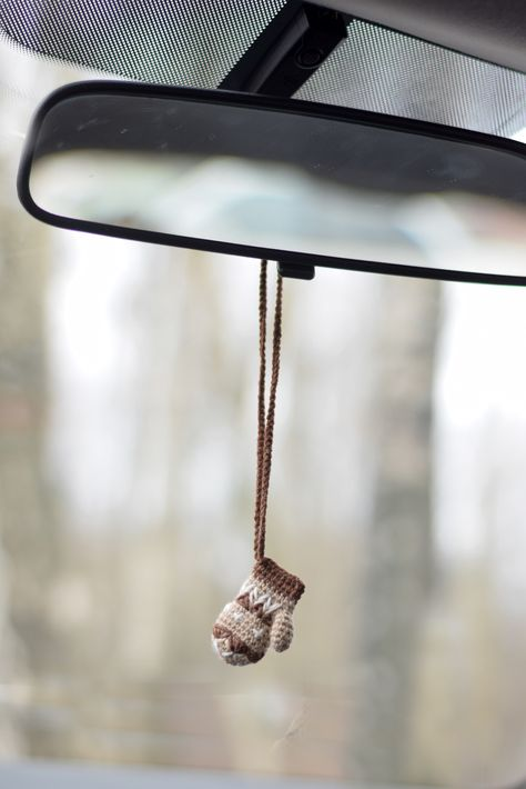 Car Charm Bernie Sanders Mitten For Men Rear View Mirror Etsy In 2021 Knit Decor Hanging Decor Car Charms
