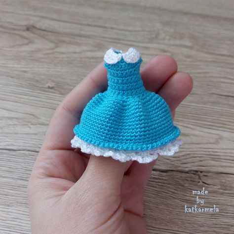 How to crochet doll lace dress / doll clothes - YouTube | 474x474