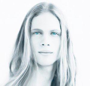 Nordic Aliens Blond Blue Eyes In 2020 Nordic Aliens Alien Aesthetic Just Beautiful Men