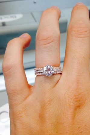 All In Rose Gold With Fine White Diamonds Oval Diamond Engagement Ring And Matching Wedding Band By Ascot As Pinteres