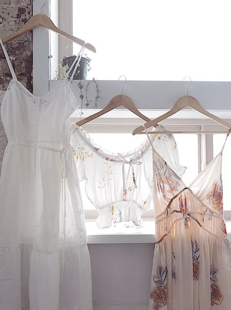 Pretty and Feminine Vintage Inspired Clothing