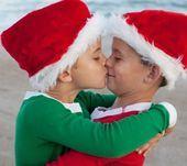 Merry Christmas! Merry Christmas! Merry Christmas! Feliz Navidad! Buon Natale ...