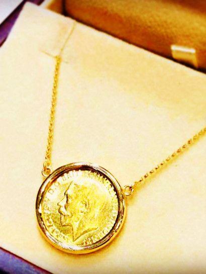 كوليه ذهب عيار 21 الكوليه عباره عن سلسه بالإطار وزن 6 جرام عيار 18 جنيه وزن 8 جرام عيار 21 Jewelry Jewelryma Gold Coins Diamond Necklace Arrow Necklace