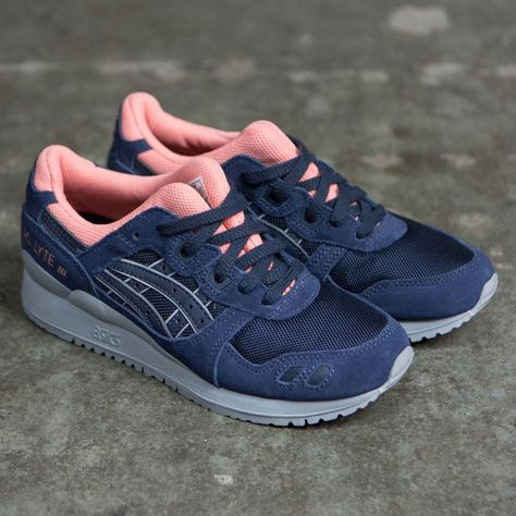 On foot look at the ASICS Gel Lyte III