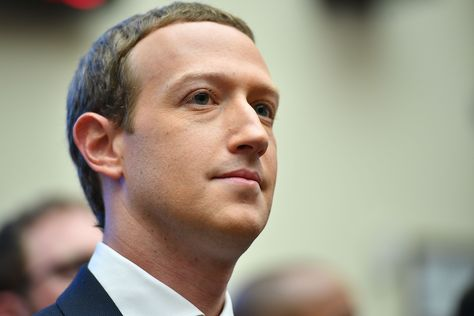 Facebook will ban Australian users from sharing or viewing news