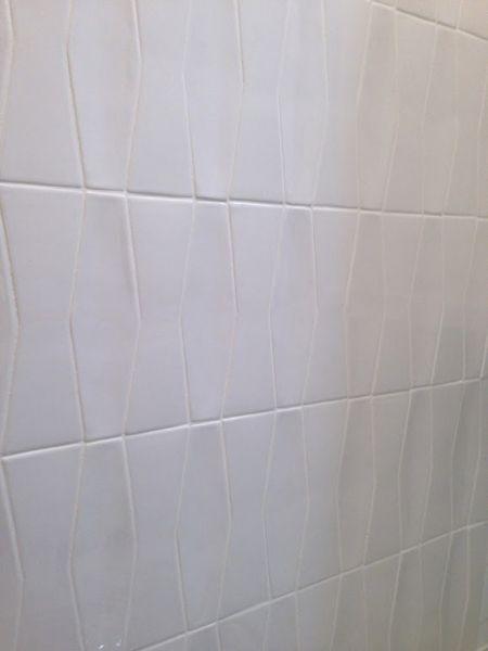 Hc White Matte Bowtie And White Gloss Diamond Mixed 3x9 Daltile Antico Handmade Ceramic Tiles Daltile Tile Installation