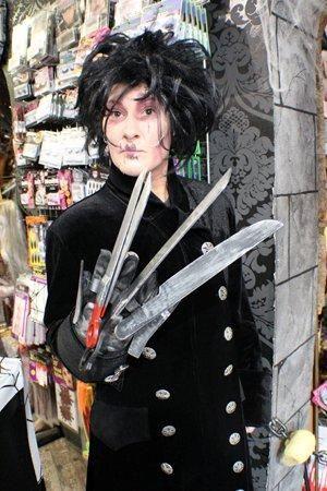 Edward Mit Den Scherenhanden Handschuhe Edward Scissorhands Handschuhe Horror Shop Com Edward Mit Den Scherenhanden Halloween Kostum Gruselige Halloween Kostume