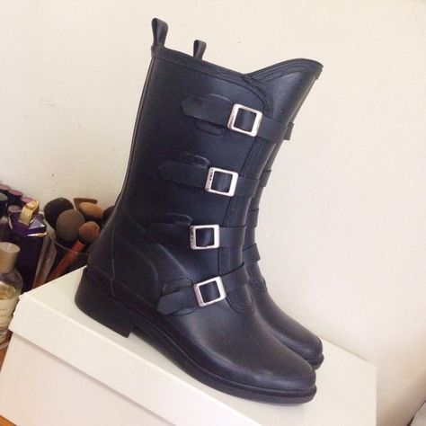 Capelli New York Rain Boots Moto style Rain Boots. Almost new worn 3 times. Capelli New York Shoes Winter & Rain Boots