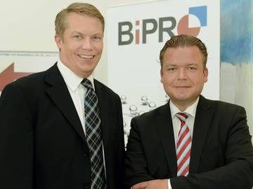 Und wie soll es jetzt mit Bipro weitergehen? Weiterhin appellieren? Dann sieht es nach 20 Jahren noch genauso aus  - Hit: https://plids.com/sharings/70?so=2