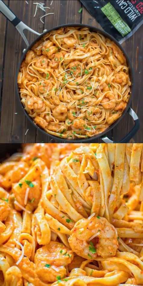 If you are looking for an easy, restaurant-quality pasta and shrimp dinner, you've come to the right place! The creamy roasted pepper sauce has elegant and unique flavor. This shrimp dinner is cooked in 30 minutes! Visit Cooktoria.com for detailed instructions and printable recipe. #pasta #shrimp #dinner #seafood #easydinner #recipeoftheday