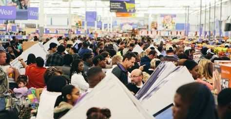VIDEO: Forget Black Friday, Walmart Had EBT Food Stamp Rush Weekend - http://bestmoviesevernews.com/best-movies-ever-social-fbtwit/video-forget-black-friday-walmart-had-ebt-food-stamp-rush-weekend/-The Electronic Benefits Transfer (EBT) system allows recipients of government food stamps to purchase goods using a digital card with a set spending limit, but for a few hours over the weekend, that limit disappeared for many users visiting Walmart stores in Louisiana. Walmart and