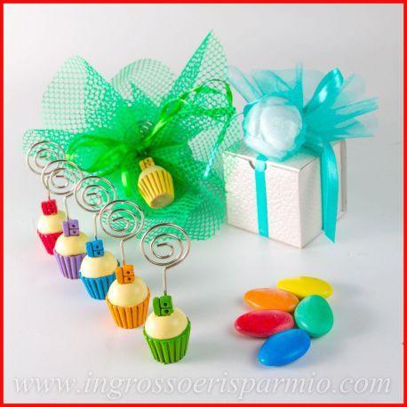 Memoclip Cupcake Bomboniere 18 Anni Diciottesimo Compleanno Segnaposto Dolcetti Aprifesta Idee 2017 Cupcake Dolcetti Bomboniere Compleanno Fai Da Te