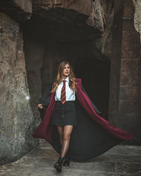 Lana On Instagram You Might Belong In Gryffindor Where Dwell The Brave At Heart Show Some In 2020 Fasching Kostume Damen Karnevalskostume Damen Karneval Kostum Damen