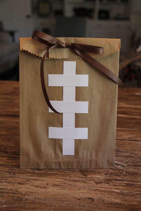 Baby Shower Table Decoration Ideas For Boys Super Bowl 24 Ideas Football Banquet, Football Tailgate, Football Themes, Football Birthday, Sports Birthday, Football Party Favors, Tailgating, Football Season, Football Team Snacks