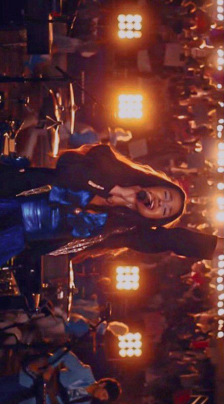 Olivia Rodrigo lock screen
