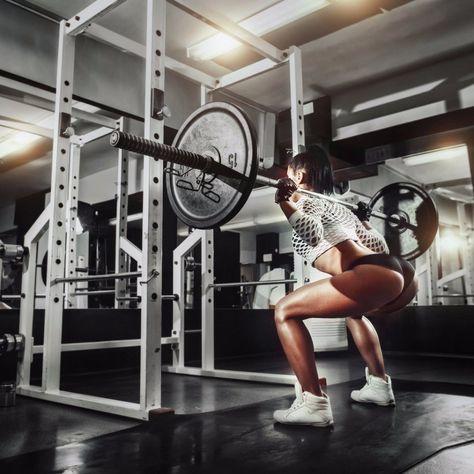 #фитнес #тренировки #самый_результативный_проект #BodyFit #Спортлайф #Витаспорт  10 способов улучшить свои приседания  Существует немало отличных стратегий того, как можно улучшить твои приседания. Многие из нас, занимаясь по линейной системе, начинают испытывать остановку в развитии. Это происходит, когда мы перестаем менять различные вещи в своей программе, которые могли бы придать новый стимул нашему телу. Есть множество способов работы над приседаниями. Вот тебе 10 путей, которые я…
