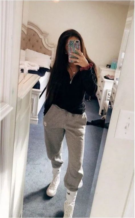 casual outfits for school ~ casual outfits . casual outfits for winter . casual outfits for women . casual outfits for work . casual outfits for school . Cute Lazy Outfits, Casual School Outfits, Cute Spring Outfits, Teenage Girl Outfits, Chill Outfits, Winter Fashion Outfits, Retro Outfits, Look Fashion, Lazy School Outfit