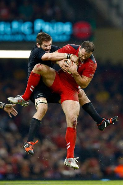 Richie McCaw and Jamie Roberts // rugby