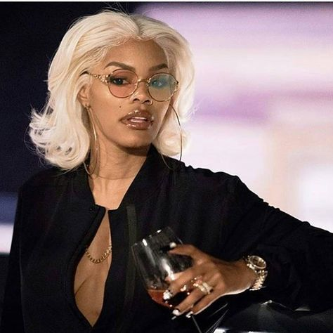Blonde wigs for black women Teyana Taylor, Mode Old School, Sunglasses For Your Face Shape, Natural Hair Styles, Short Hair Styles, Black Girl Aesthetic, Boujee Aesthetic, Black Girls Hairstyles, American Hairstyles