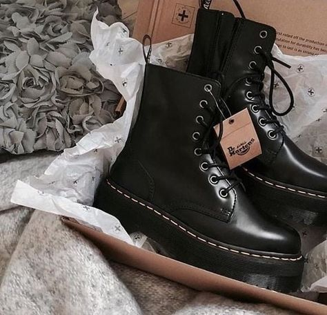 Image about fashion in Zapatos y Zapatillas by Nix Sock Shoes, Shoe Boots, Shoes Heels, Shoe Bag, Stiletto Heels, Dr. Martens, Dr Martens Boots, Timberland Boots, Aesthetic Shoes