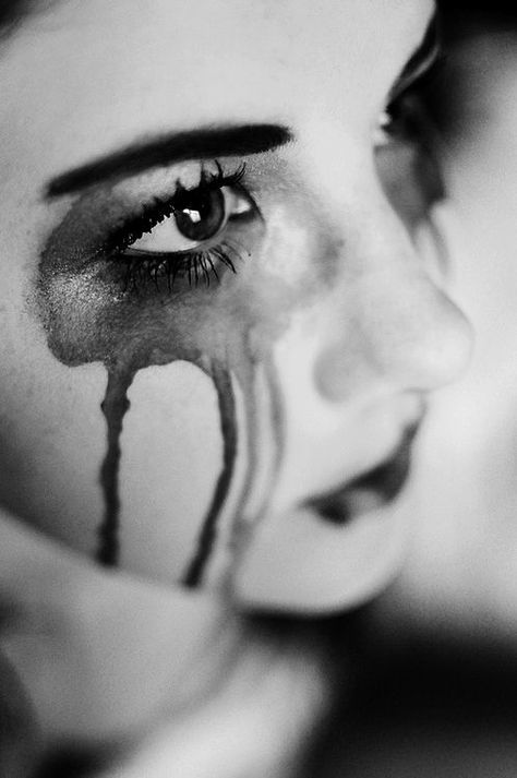 What I think I look like on the outside when I'm crying on the inside ... and then I wonder: why can't anyone see it?