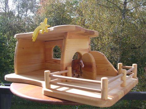 """UNIKAT Stall Bauernhof Krippe """"Julie"""" von Treety auf DaWanda.com"""