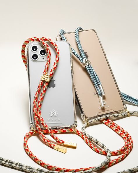 """THE ORIGINAL CROSSBODY WITH A PATTERN ROPE Designed to free your hands, our Original Crossbody iPhone case is stylish and multifunctional. The touch of the clear case is smooth but with a nice grip. Your smartphone's screen is safe thanks to the lifted edges of the protection focused and smart design. No more dropping your phone thanks to the 150cm/ 60""""long, smooth and durable rope that makes this """"phone necklace"""" your ideal accessory. Adjust the rope to any length so you can wear it how you wan"""
