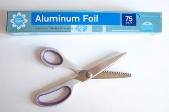 Sharpen Your Pinking Shears With Aluminum Foil Home Repairs