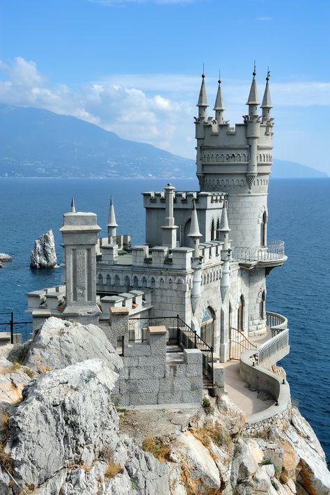 Lastochkino Gnezdo aka Swallows Nest  Board: Castles #castles #castlesoftheworld #castlesofinstagram #castlesofgermany #CastlesInternational #castlesinthesky #CastlesofSpain #castlesofeurope #castlesofdisney