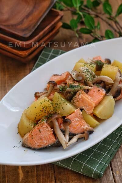 塩鮭 レシピ 甘 お手軽「塩鮭」の作り置きレシピ5選♡おかず&おつまみにもおすすめ!