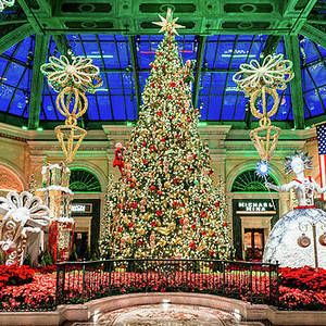 The Bellagio Christmas Tree 2015 by Aloha Art in 2020 | Christmas