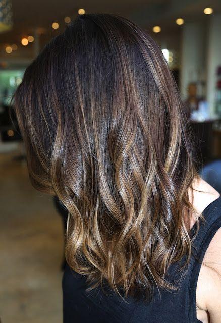 Me gusta el ombre que le hicieron, respetando su color natural de cabello-Brunette ombre highlights done right