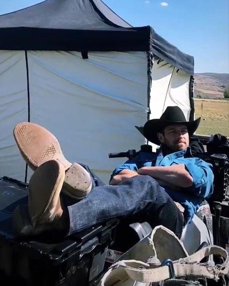 Pin By Jamie Hill On Ian Bohen In 2020 Ian Bohen Yellowstone Imaginary Boyfriend