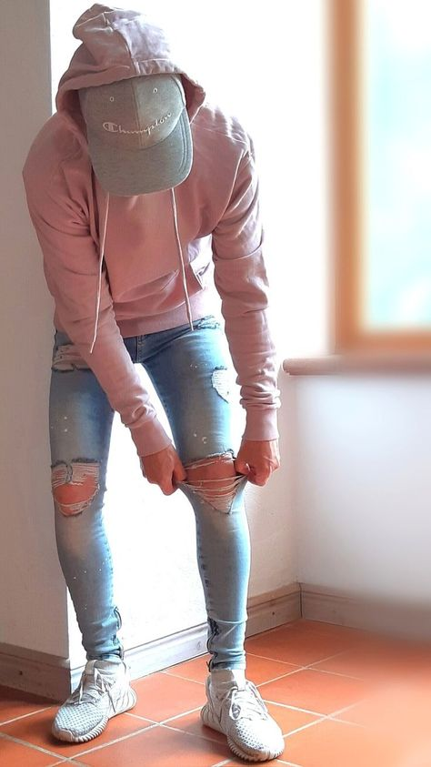 Tight jeans on sexy guys mens fashion streetwear womens fashion urban style hypebeast outfits ootdfashion ootd streetwearfashion Cool Outfits For Men, Stylish Mens Outfits, Guy Outfits, Trendy Mens Fashion, Cool Clothes For Guys, Stylish Clothes For Men, Guy Clothes, Teen Guy Fashion, 80s Fashion