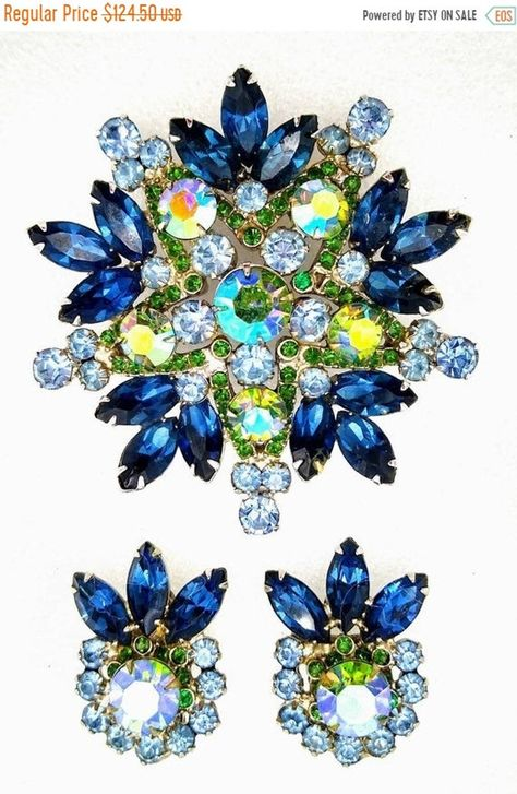 FREE SHIPPING USA Unsigned Weiss Great for Mother of the Bride or Prom Great Gift Amber and Aurora Borealis Rhinestone Clip Earrings