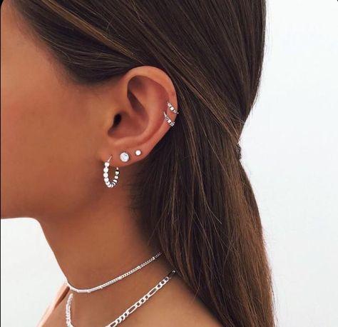 Pretty Ear Piercings, Ear Piercings Chart, Ear Peircings, Types Of Ear Piercings, Multiple Ear Piercings, Piercing Chart, Unique Piercings, Female Piercings, Piercings For Small Ears