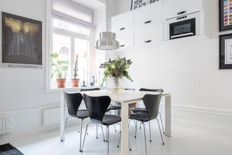 Интерьер маленькой квартиры-студии со столовой и гардеробом | Articles