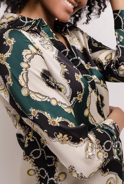 invaincu x dégagement paquet à la mode et attrayant Chemise à imprimé foulard   Tendances mode 2019 en 2019 ...
