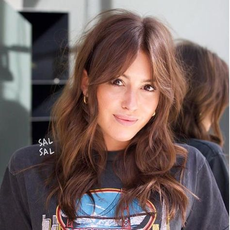 super ideas for haircut lange haare rundes gesicht Haircuts For Round Face Shape, Oblong Face Shape, Oval Face Haircuts, Bangs For Round Face, Oval Face Shapes, Long Hair With Bangs, Haircuts For Long Hair, Hairstyles For Round Faces, Long Hair Cuts