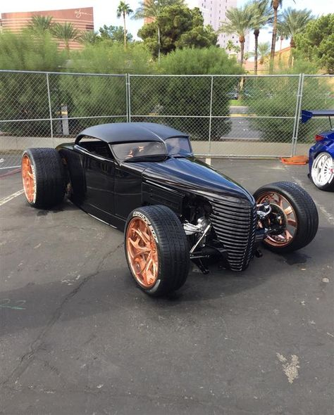 ford modela sema2016 by chariotz. Click to view more photos and mod info.