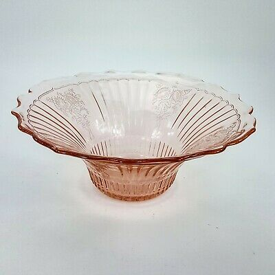 Icymi Pink Glass 12 Flared Scallop Serving Centerpiece Bowl W Embossed Flowers Floral Centerpiece Bowl Pink Glass Decorative Bowls